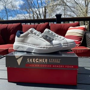 Skecher High Street-Extremely Sole-ful Sneaker